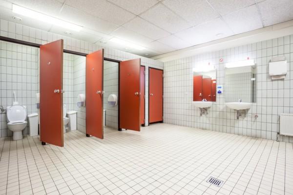 ffentliche-Toilette