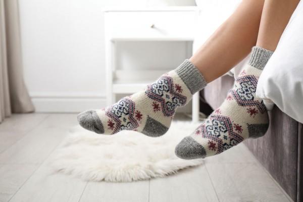 Mit-Socken-schlafen