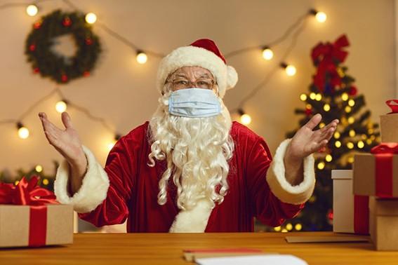 Weihnachtsmann-mit-Maske